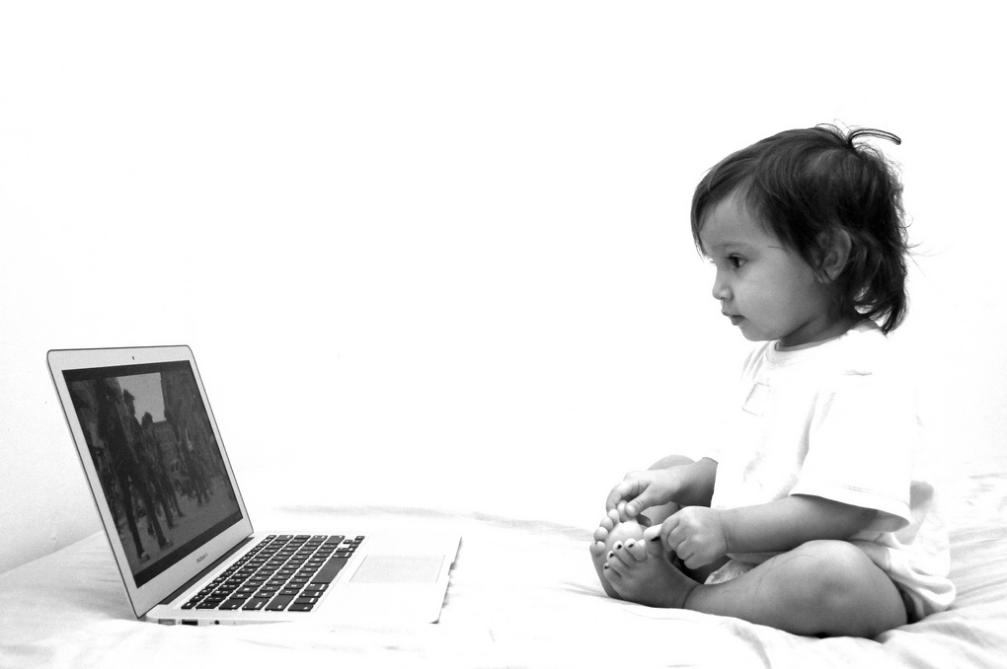 baby on laptop Image: Alec Couros via Flickr
