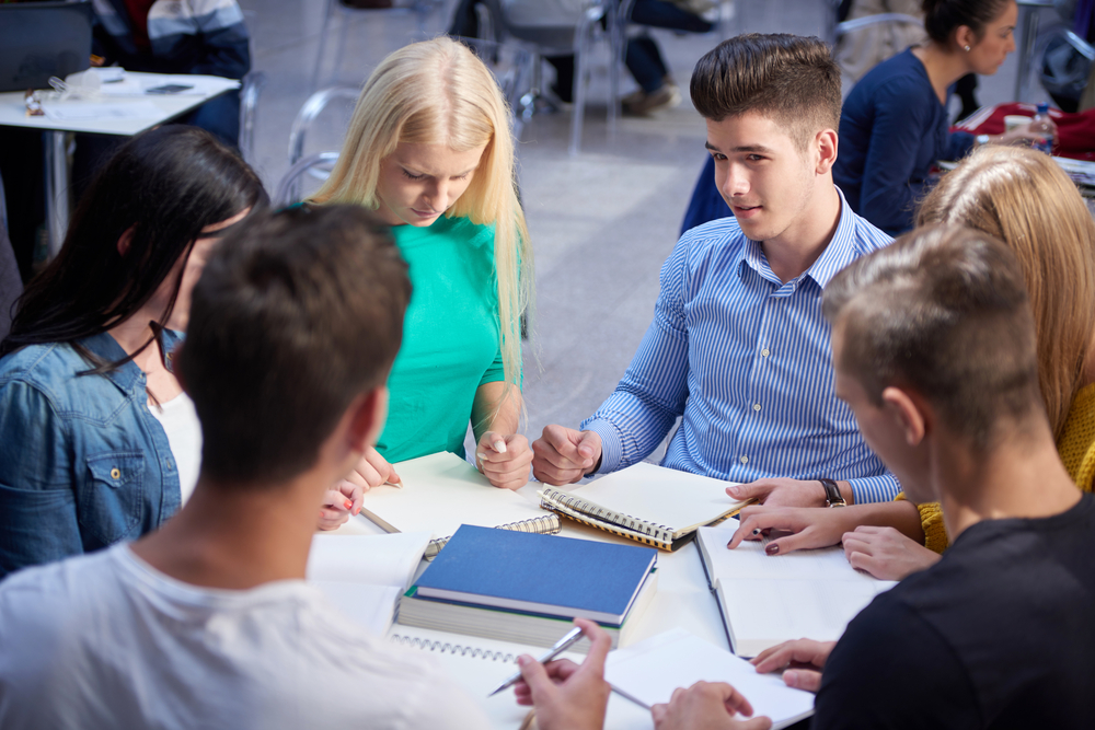 Study Finds that Group Learning is Better than Teacher-Led Discussions