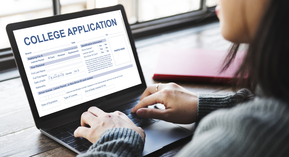 Seven Tips for a Successful College Application