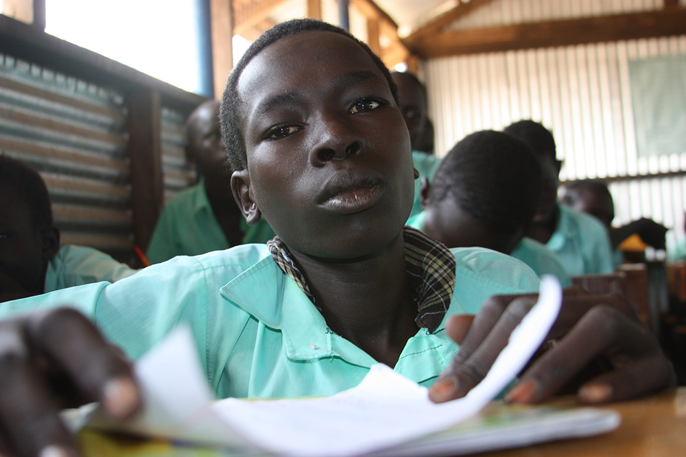 Education at Kakuma Camp Depends on Cell Phones