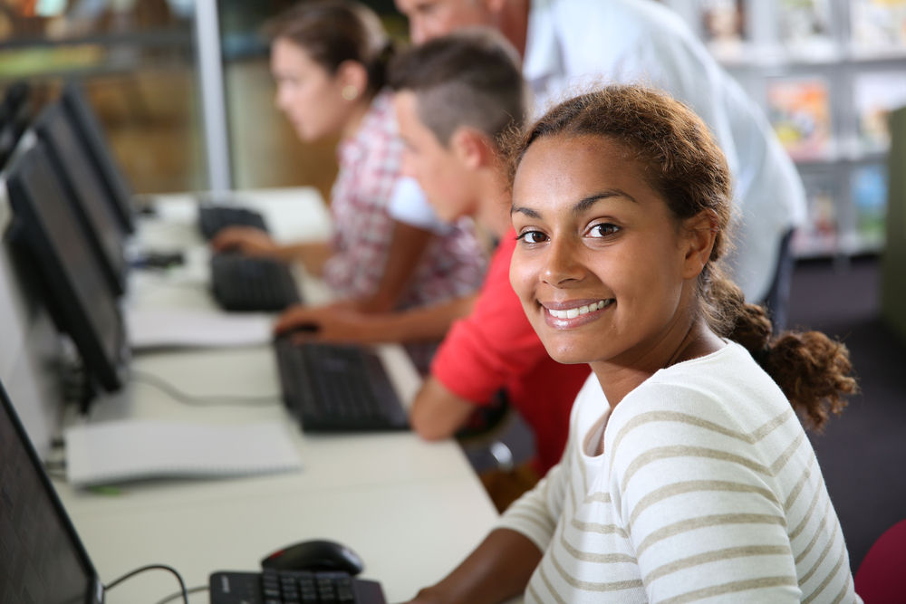 High School Students Get Class Credit for Help Desk Work