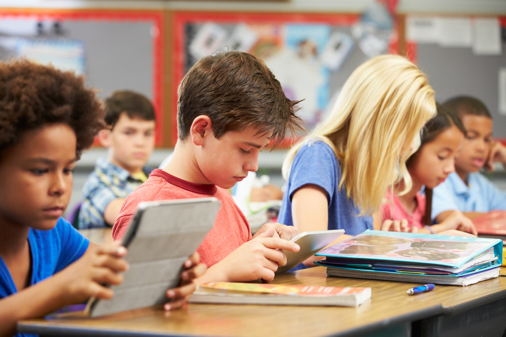 3 Technology Trends That Benefit Both Classrooms and Homeschools
